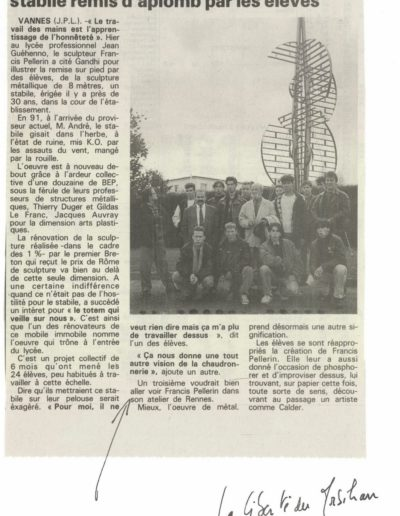 Article about the renovation of the stabile in La Liberté du Morbihan, 1993  © FP Collection/Archives de Rennes