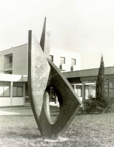 Sculpture, bronze, 1964, Lycée Joliot Curie