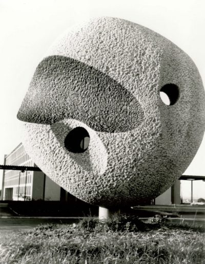 Sculpture in the round, granite, 1967, Collège Rosa Parks (formerly Malifeu)