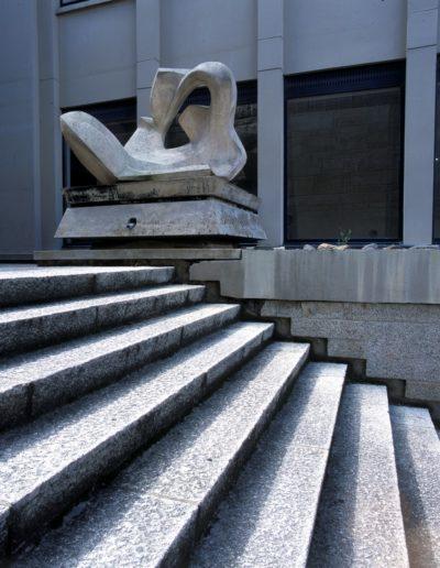 Stylised fish, white stone, 1960, water feature, Faculté de Droit