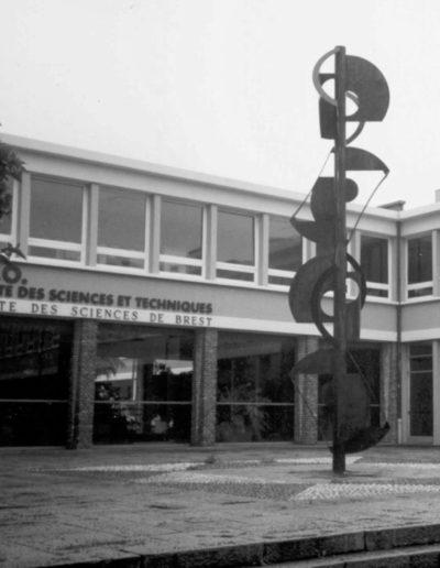 Signal, metal, 1966, Faculté des Sciences, Brest