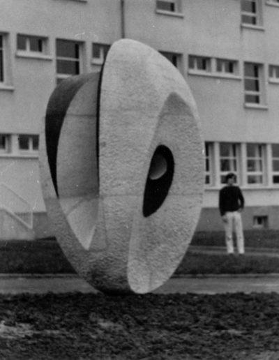 Sculpture in the round, 1969, Collège, Saint-Méen-le-Grand
