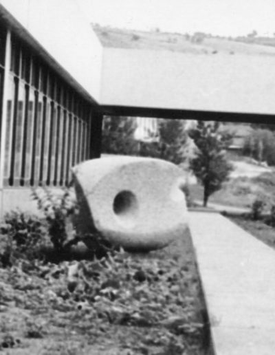 Sculpture in the round, granite, 1971, Lycée Technique Polyvalent, Decazeville, Aveyron