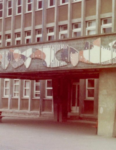 Lintel, mosaic, 1973, Lycée Auguste Pavie, Guingamp