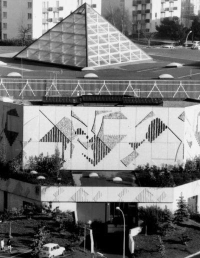 Le Triangle cultural centre, 1983